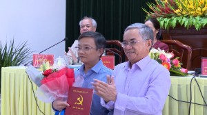 TINH UY KT TRAO QUYET DINH VE CONG TAC CAN BO