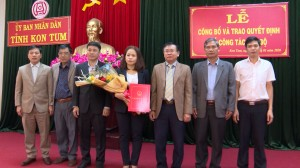 CONG BO, TRAO QUYET DINH CONG TAC CAN BO