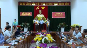 LE CONG BO VA TRAO QUYET DINH VE CONG TAC CAN BO
